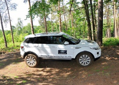 Land Rover - Driving Experiences for 11-17s